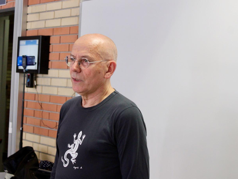 Jacques Simonet : Le parcours d'un professionnel de la communication