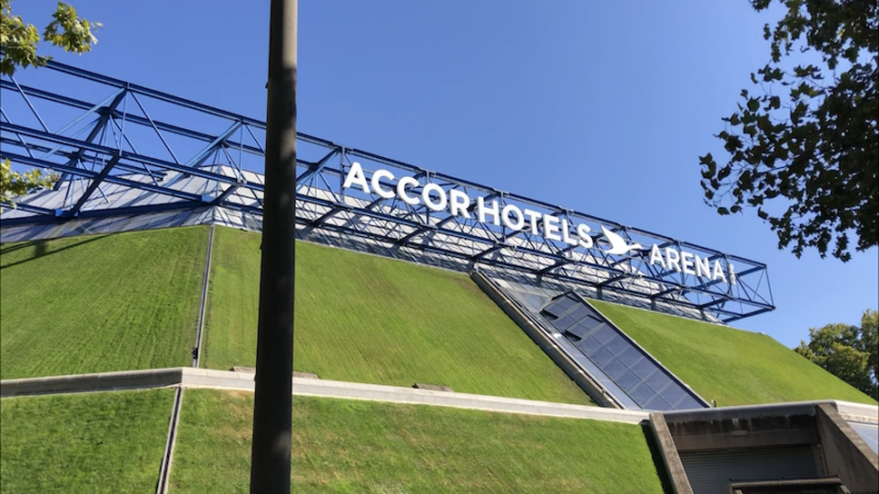 C2 – L'AccorHotels Arena