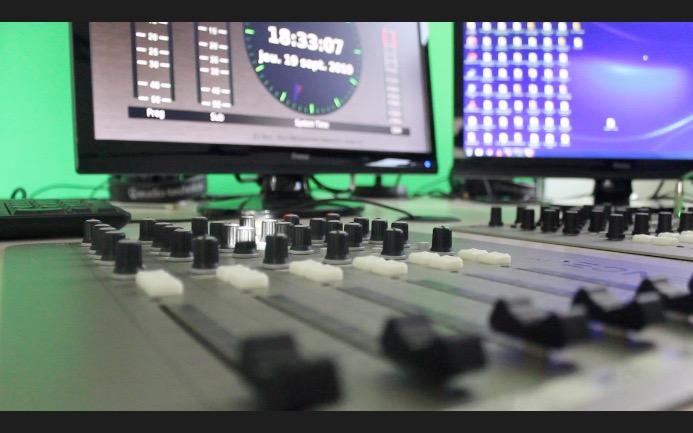 NRJ : une radio jeune qui vit de la publicité