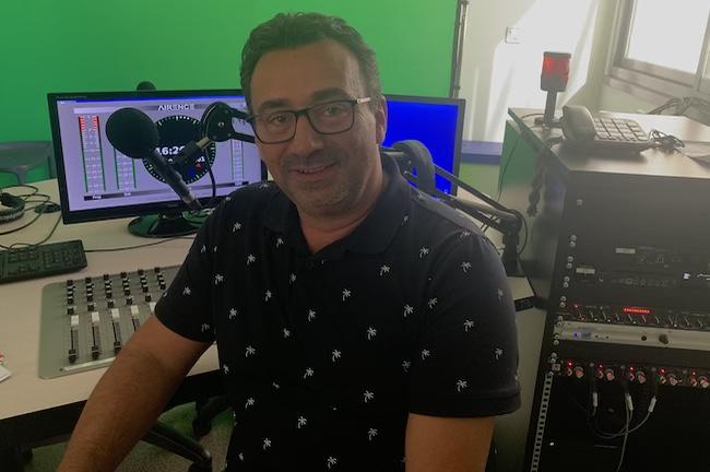 Stéphane Camin : journaliste aux bonnes ondes