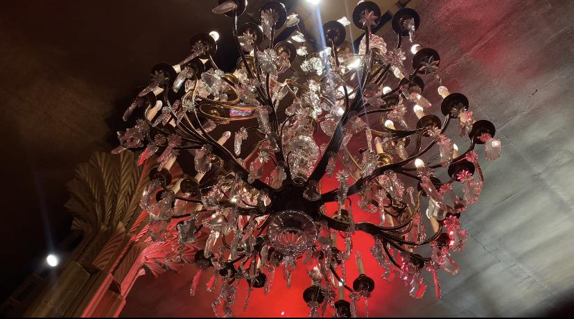 EQ07 – Le Casino de Paris, le foyer du music hall